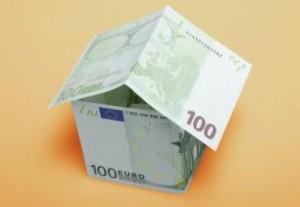 zainteresowanie-dom-pieniądze_19-122231